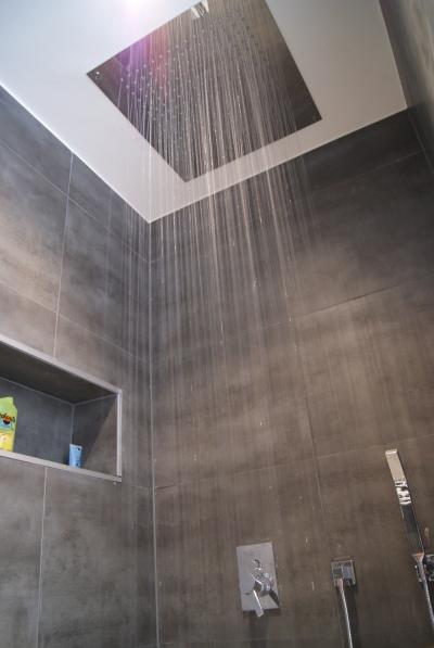 Photos notre appartement triplex design belmont sur lausanne suisse - Lumiere pour douche italienne ...