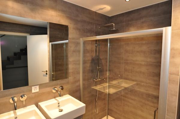 Photos notre appartement triplex design belmont sur for Densite du verre a vitre
